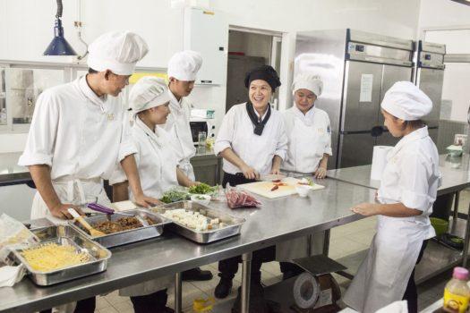 HCTC Kitchen 2000 x 1333 Pixels 5