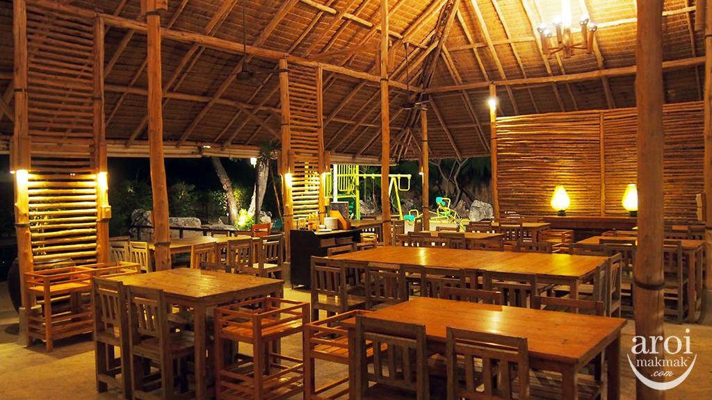 THAILANDE - Sam Roi Yod - Chomtalay Beach Retsaurant