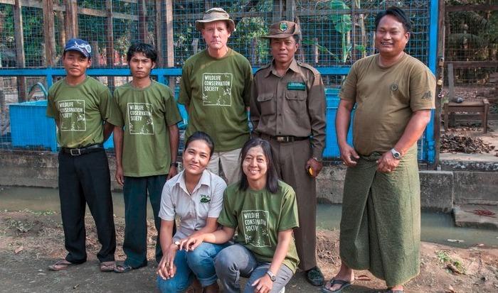 Turtle Linpha Turtle HQ and team Portraits-Eleanor Briggs WCS